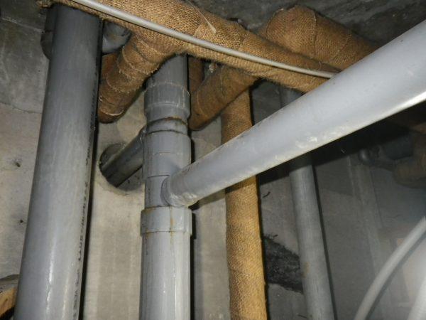 善通寺市のマンション排水管修理