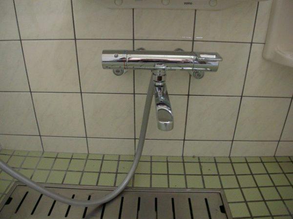 坂出市 TOTO シャワー水栓TMGG40ECR 蛇口交換