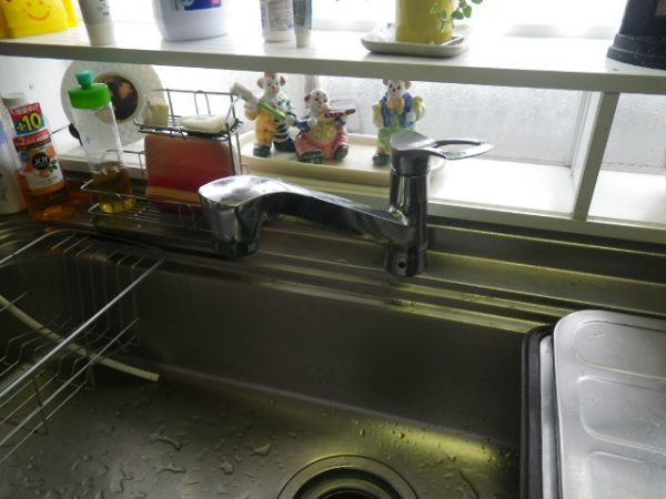 丸亀市 台所 水漏れ修理 蛇口交換