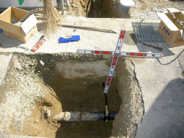 丸亀市 鉛製給水管引替工事