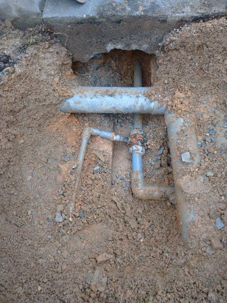 仲多度郡 工場内 漏水修理