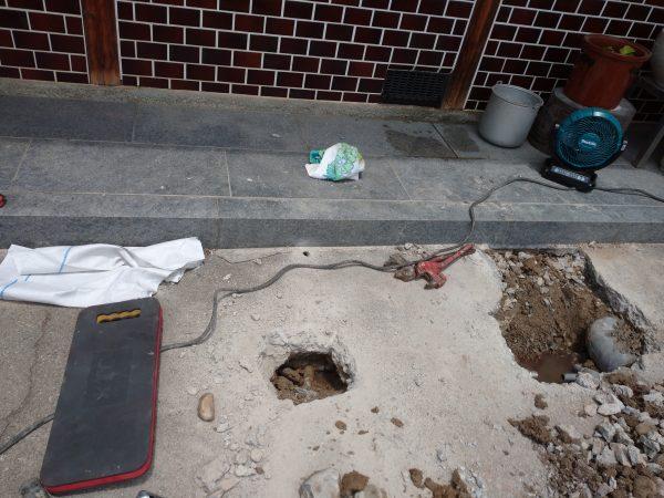 高松市内で井戸水配管の漏水調査