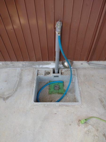 綾川町内で漏水修理